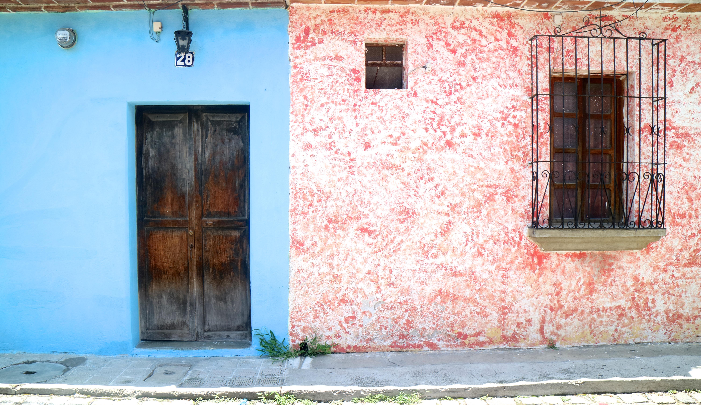 the lazy trotter, cristina buonerba, antigua, guatemala