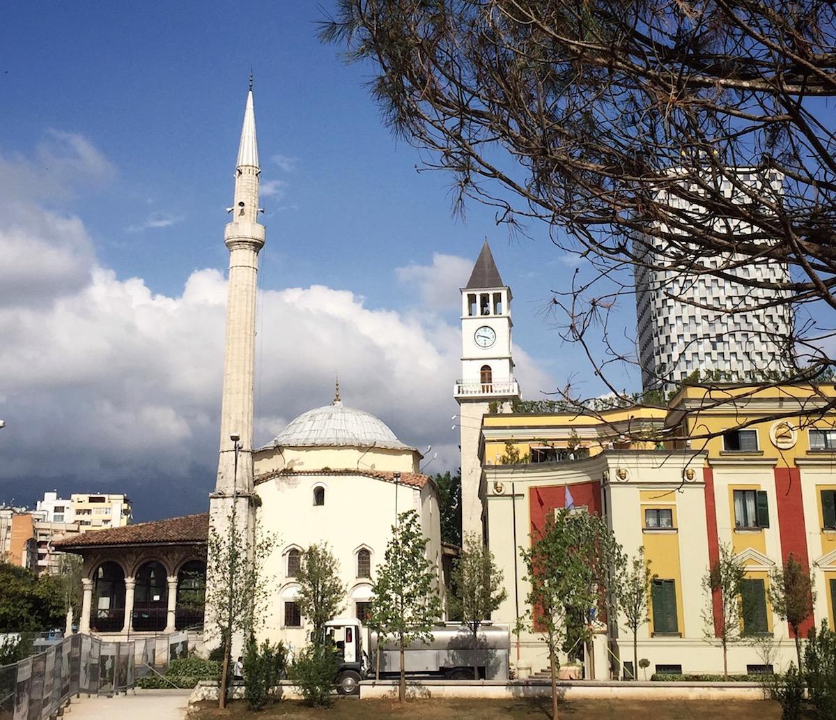 tirana, città europee economiche