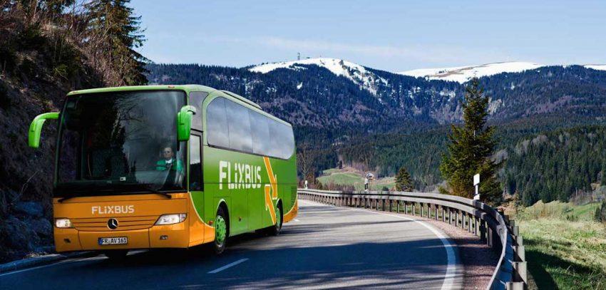 Viaggiare con Flixbus: come funziona? Pro e contro degli autobus low cost