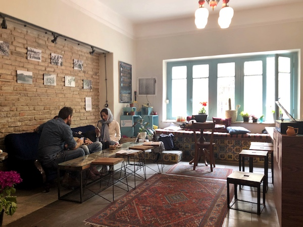viaggio in iran, cosa vedere in iran, see you in iran hostel cafe