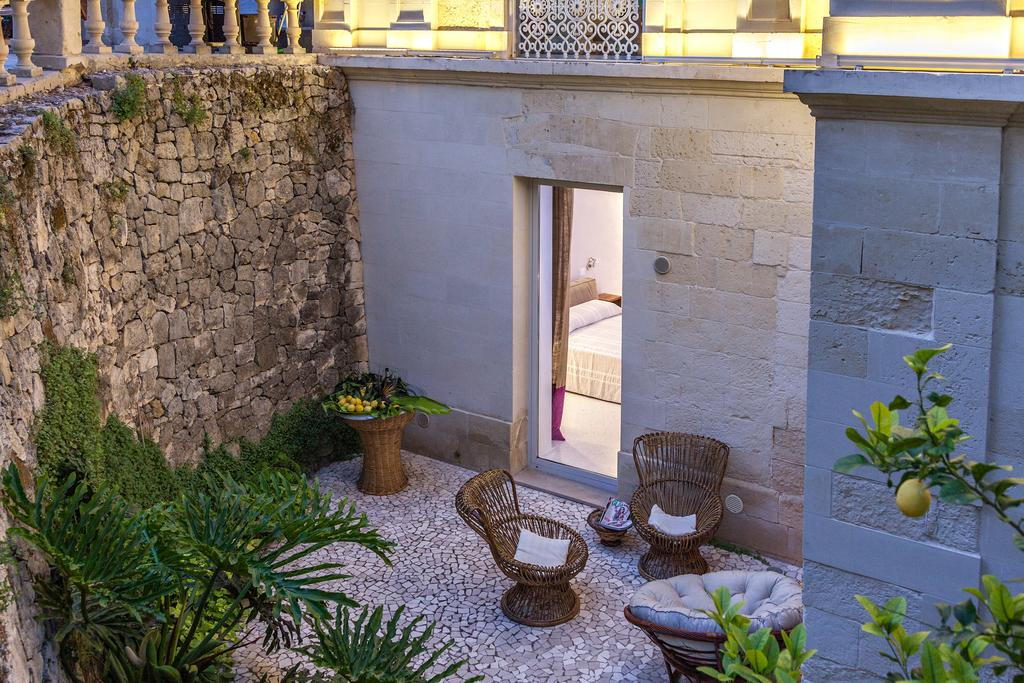 B&B lecce, bed and breakfast lecce