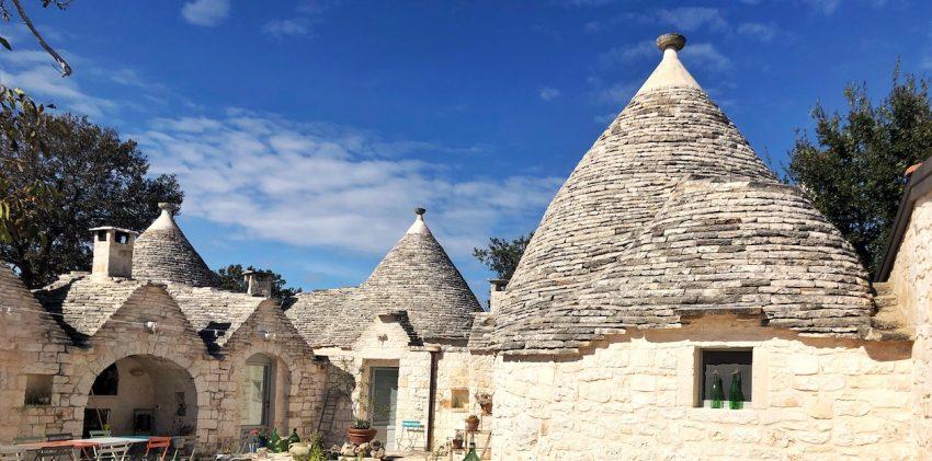 Dormire in un trullo: 6 bellissimi indirizzi per le tue vacanze in Puglia