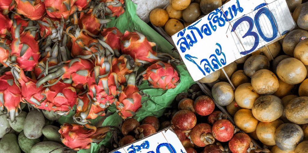 cosa mangiare in thailandia, pad thai, cibo thailandese, mango sticky rice