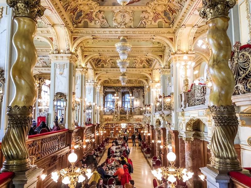cosa vedere a budapest, cosa fare a budapest, cosa visitare a budapest, terme budapest, mercato coperto budapest, mercato centrale budapest