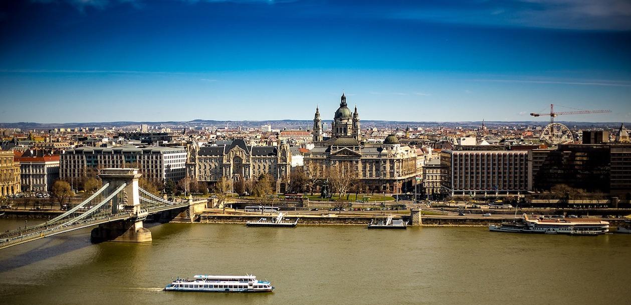 Dove dormire a Budapest  i migliori hotel suddivisi per fascia di prezzo 92d53b9838