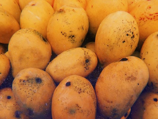 mango-frutti-esotici-frutta-esotica-frutta-strana