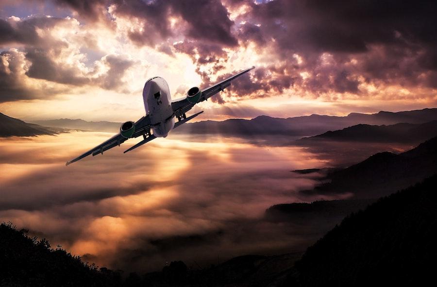 dormire in aereo, come dormire in aereo, cuscino per aereo