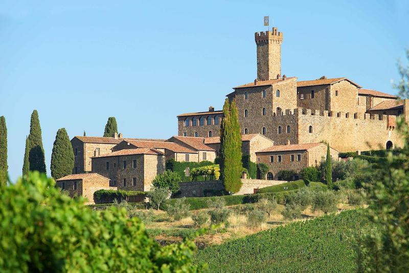castello-banfi-il-borgo-dormire-in-un-castello-in-toscana