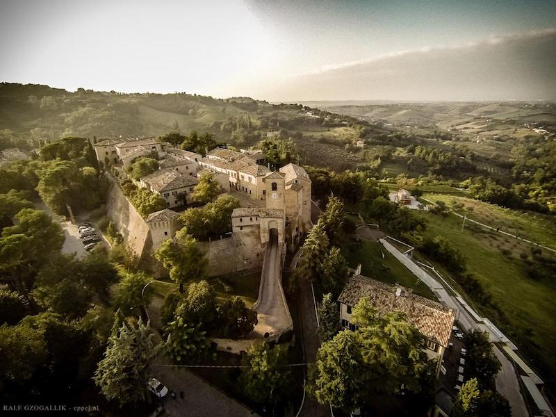 castello-di-montegridolfo-dormire-in-un-castello-in-emilia