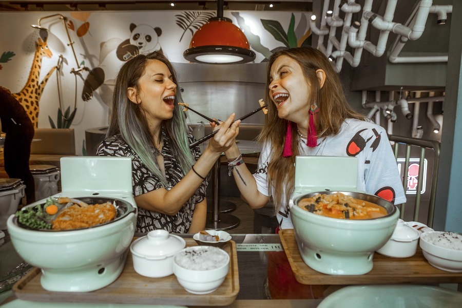 modern-toilet-restaurant-taipei-cosa-fare