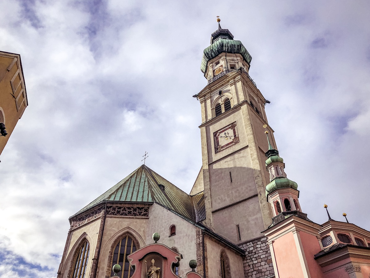 chiesa-san-nicola-hall-in-tirol
