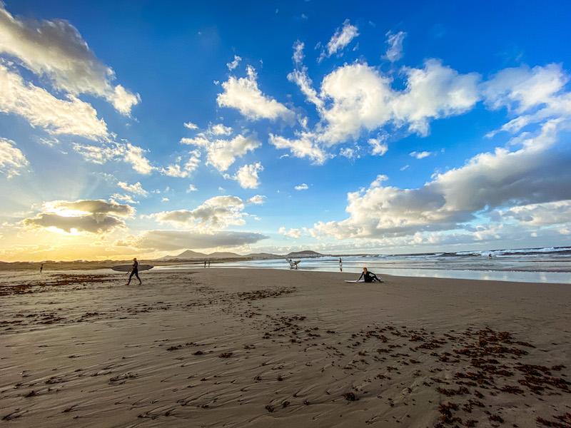 dove-alloggiare-lanzarote-famara-spiagge-surfisti